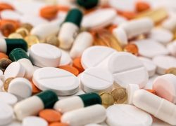 医療用大麻と比較してみて分かるクスリのリスク。